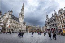 Grand-Place et Hôtel de Ville - Grote Markt en stadhuis - Grand-Place and City Hall